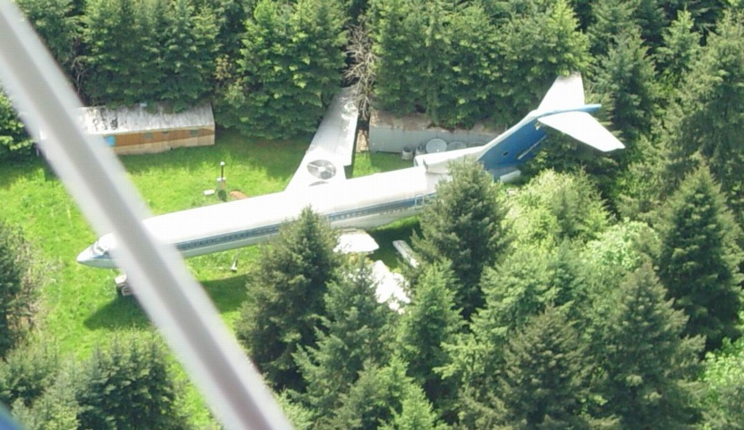 Aeroplane 2 - 6 Unusual Houses That You'll Die For [Photos]
