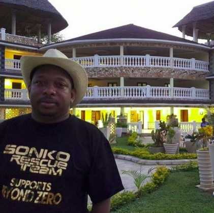 Mike Sonko700 421x420 - Mike Sonko's Mombasa House Will Leave You Super Envious (PHOTOS)